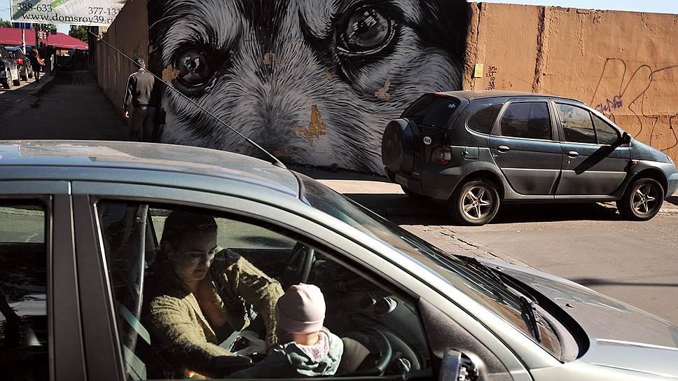 Оставленным в машине детям не хватило правил
