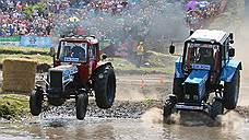 Гонки на тракторах Бизон-Трек-Шоу 2016