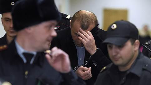 Домашние аресты не продлили, но и не отменили  / Дело бывших топ-менеджеров Домодедово Мосгорсуд вернул в Басманный