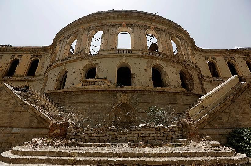 Некоторые афганцы предложили властям оставить дворец в нынешнем виде как символ разрушительной силы войны