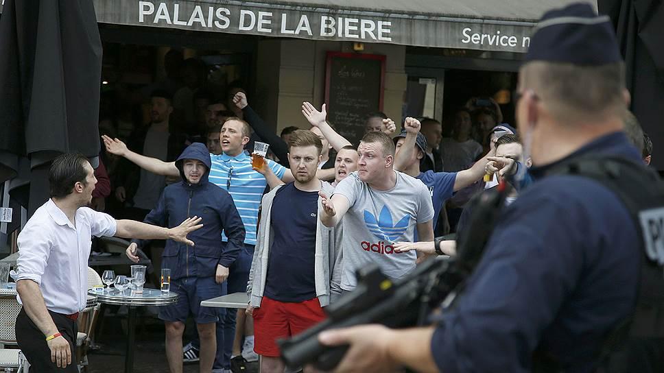 Французская полиция приступила к задержаниям российских болельщиков