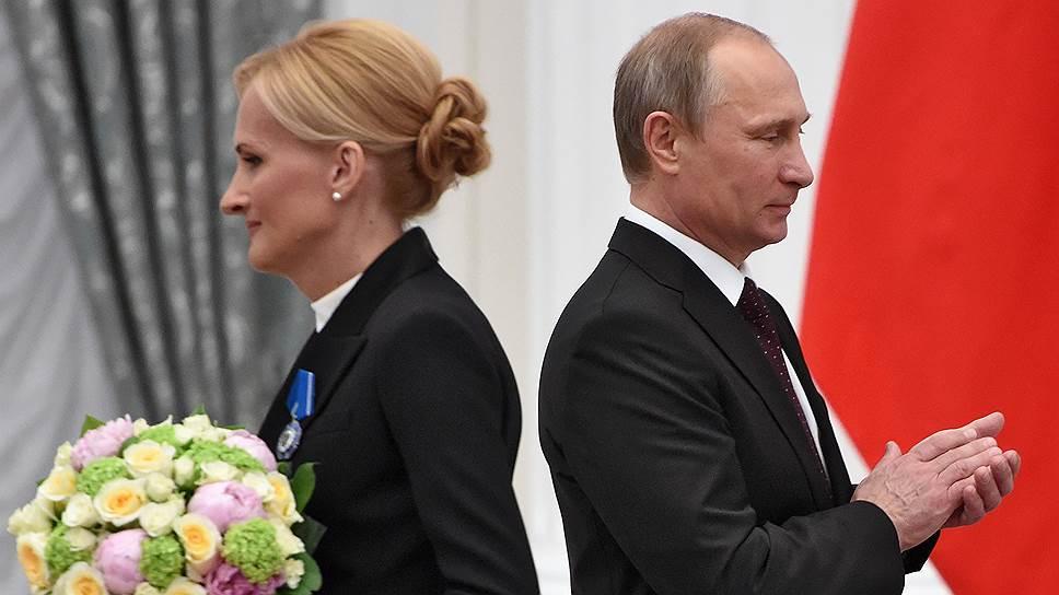 Председатель Государственной думы Росии по безопасности и противодействию коррупции Ирина Яровая  и президент России Владимир Путин