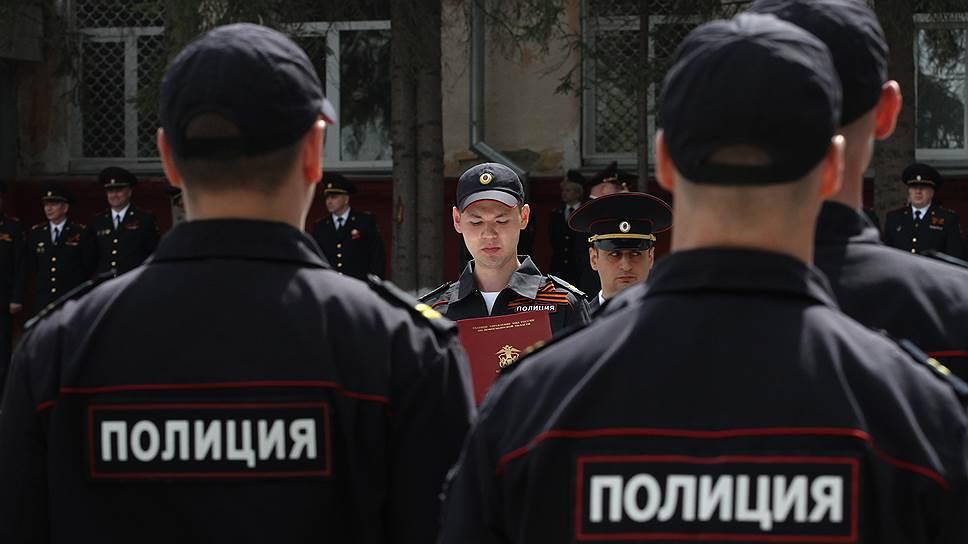 Как Владимир Путин расширил МВД