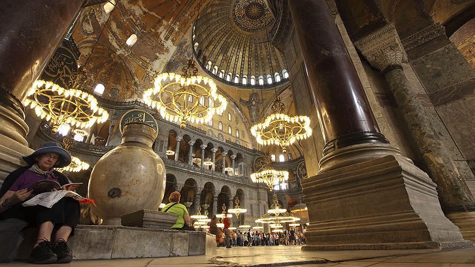Как российские туристы за три дня вернули турецкому направлению популярность