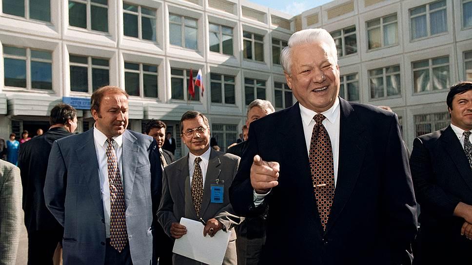 Как Россия выбирала между Борисом Ельциным и Геннадием Зюгановым