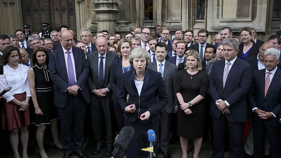 Почему фунт стерлингов заметно вырос после известий о том, что новым премьер-министром Великобритании станет Тереза Мей