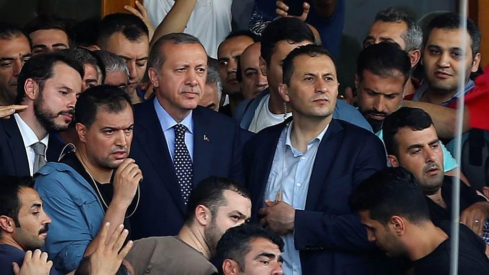 Что произошло в Турции в ночь на 16 июля