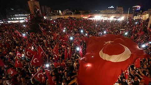 «Выдайте уже его Турции»  / Реджеп Тайип Эрдоган призвал США депортировать предполагаемого организатора мятежа