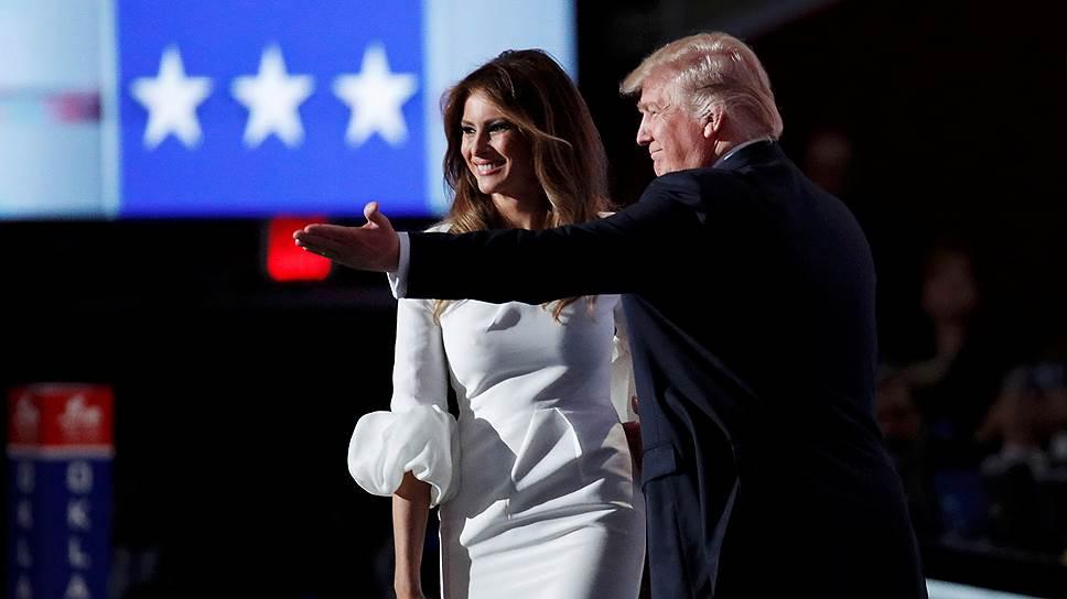 Кандидат на пост президента США от Республиканской партии Дональд Трамп с женой Меланией