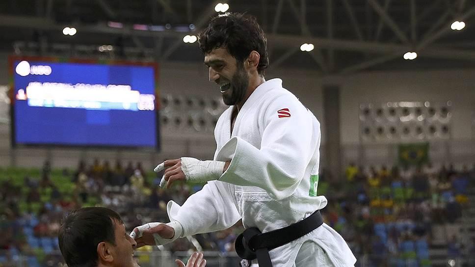 Кто завоевал для России в Рио первую золотую медаль