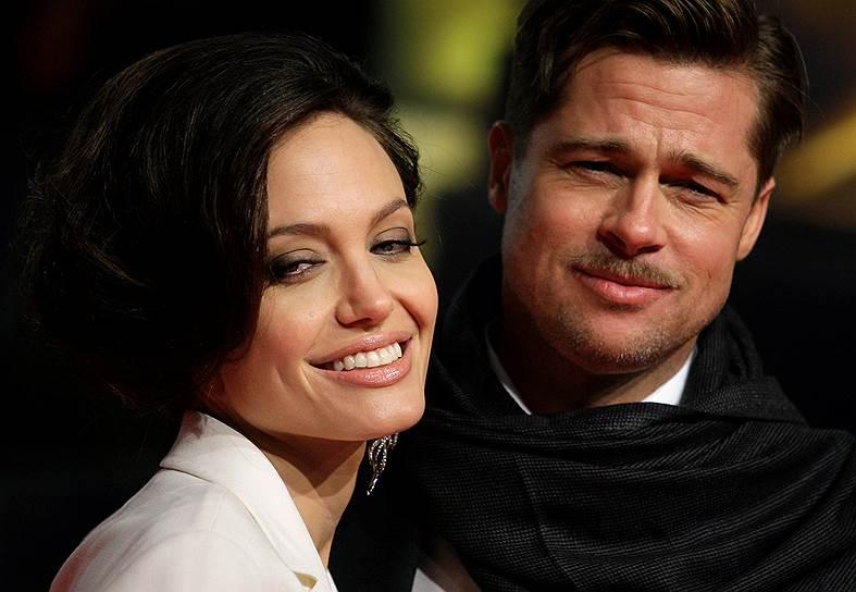 20 сентября 2016 года Анджелина Джоли подала документы на развод с Брэдом Питтом. Актеры были вместе с 2005 года, но официально оформили брак только 23 августа 2014. У пары шесть детей, трое из которых — приемные. Актеры не комментируют причины разрыва. Общее состояние пары оценивается в $450 млн