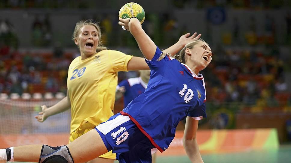 Как российские гандболистки одержали победу, проигрывая по ходу матча шесть мячей