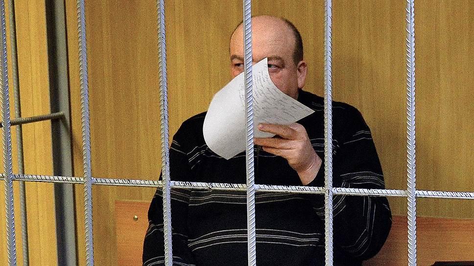 Как бывшего директора ФСИН отдали под суд