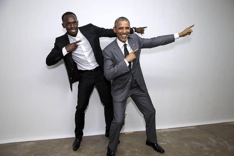 В 2015 году Барак Обама стал первым президентом США, который совершил официальный визит на Ямайку. Как заявил сам господин Обама, он не смог устоять перед искушением встретиться с самым быстрым человеком в мире<br>На фото: Усейн Болт и Барак Обама в знаменитой «молниеносной позе», которую спринтер принимает после финиша на соревнованиях
