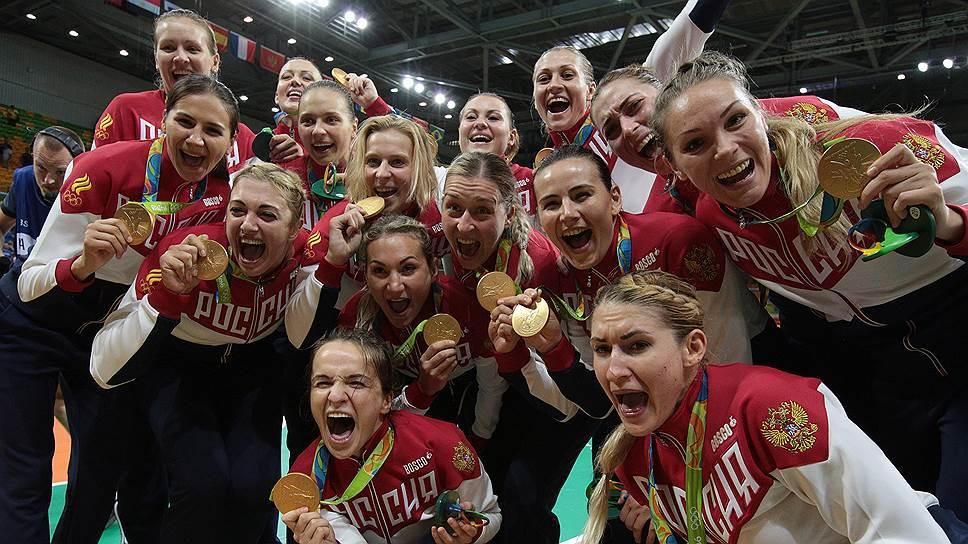 Как российские гандболистки одержали первую олимпийскую победу