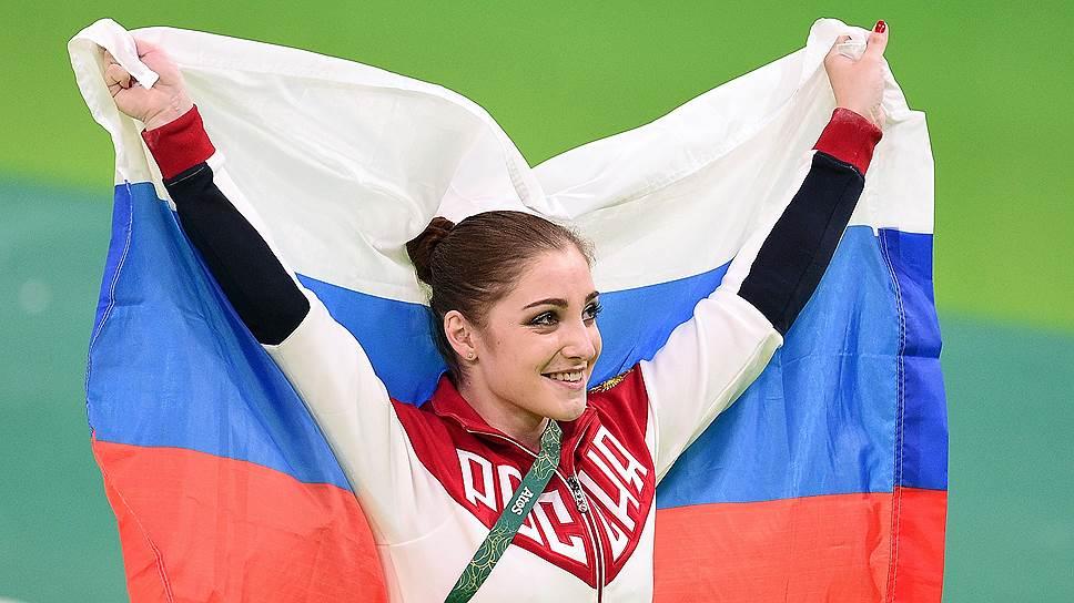 «Пришло время»: молодая мама Юлия Ковальчук показала стройные ноги