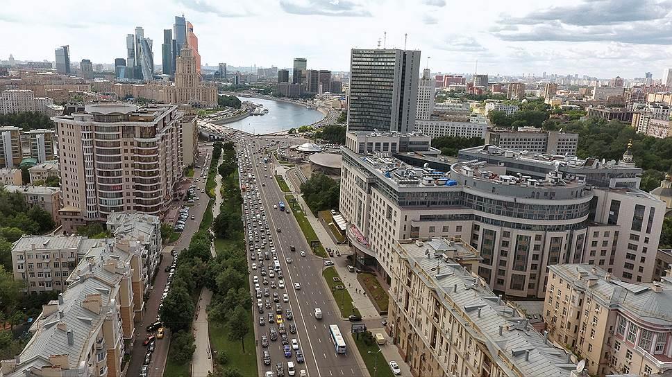За последние четыре года рублевая стоимость аренды элитного жилья в Москве снизилась на 6%
