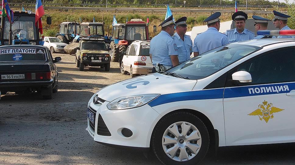 Почему ростовские полицейские прервали марш кубанских фермеров на Москву