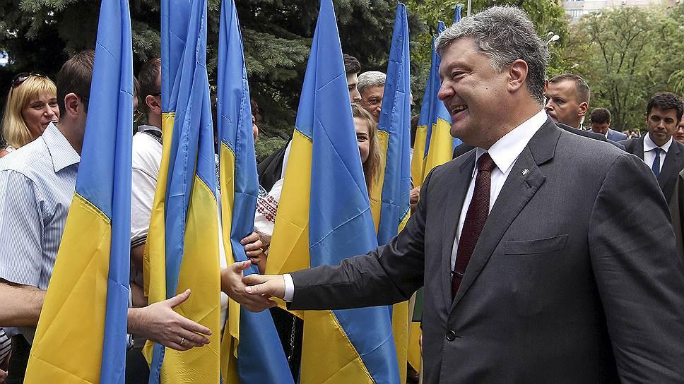 Как Киев объявил экономическую войну России на неподконтрольных территориях