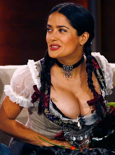 В 2003 году Сальма Хайек попробовала себя в режиссерском кресле и сняла телефильм «Чудо Мальдонадо». За эту ленту она получила премию «Эмми» в номинации «выдающаяся режиссура детской, молодежной или семейной программы»