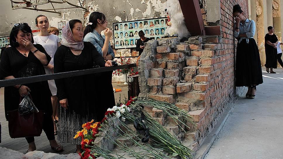 В Беслане закончились траурные мероприятия, приуроченные к 12-й годовщине захвата заложников в школе №1