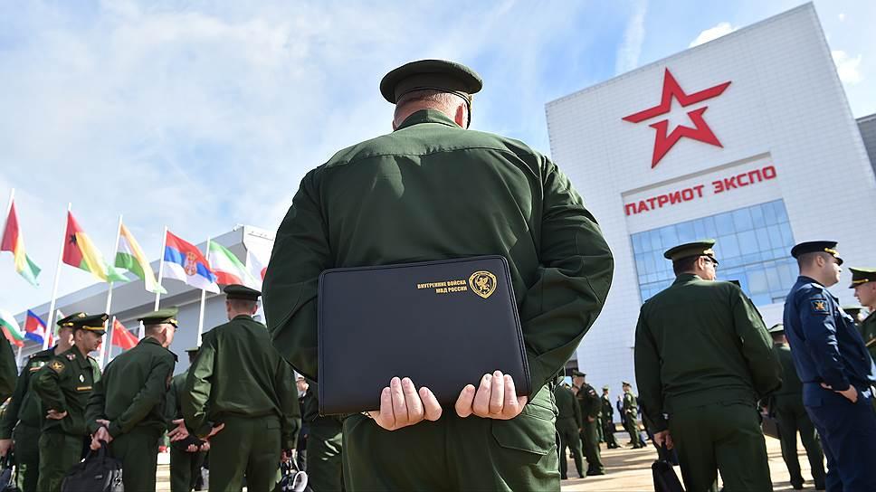 Сколько Россия зарабатывает на оружии