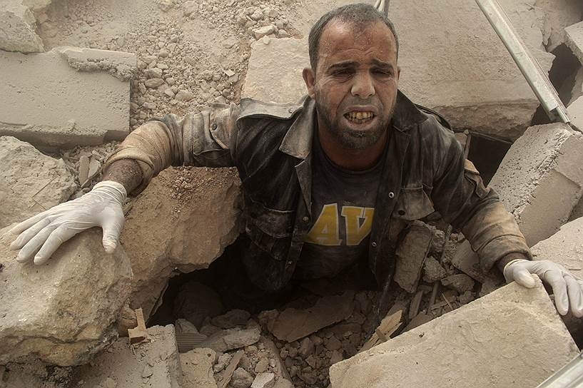 Изначально организация насчитывала 30 человек. С началом интенсивного наступления боевиков «Исламского государства» и обострением конфликта между правительственными и оппозиционными войсками в Сирии количество волонтеров начало постоянно расти, говорят в самой организации
