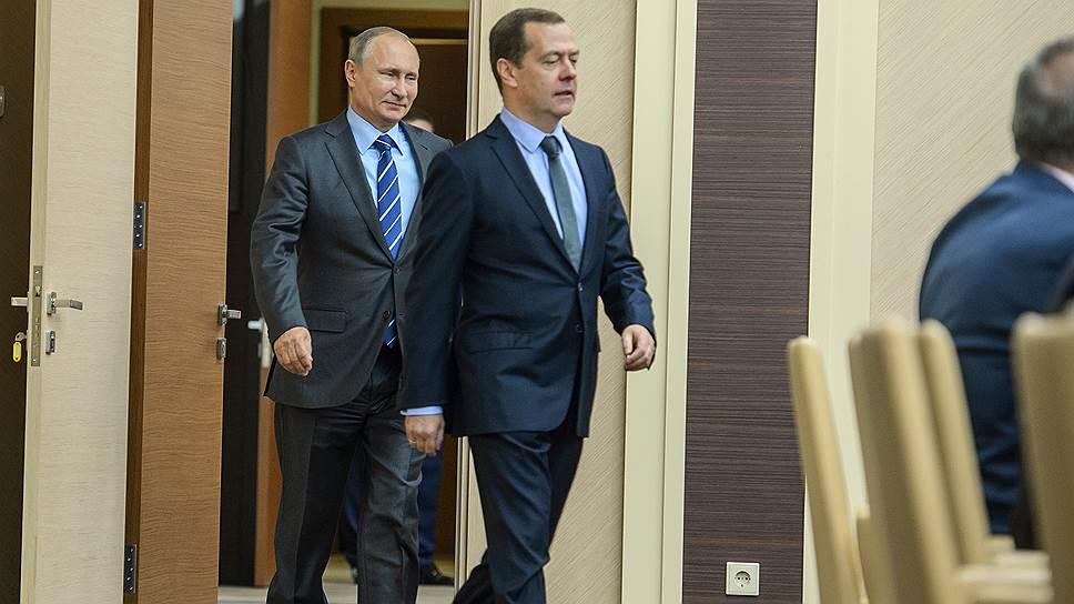 Президент России Владимир Путин и председатель правительства Дмитрий Медведев ведут проекты приоритетно и попеременно