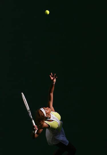 На первую строчку рейтинга WTA Серена Уильямс вернулась только в 2008 году. Спортсменка установила своеобразный «рекорд» — перерыв в ее лидерстве достиг пяти лет и одного месяца, что стало самым большим периодом между выходом спортсмена на первую строчку как среди женщин, так и среди мужчин. Однако ее лидерство продлилось всего четыре недели, сезон теннисистка закончила пятой