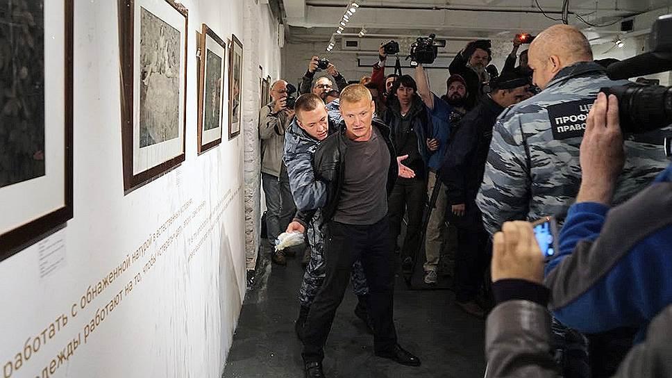 Почему в Общественной палате по-разному оценивают выставку Джока Стерджеса
