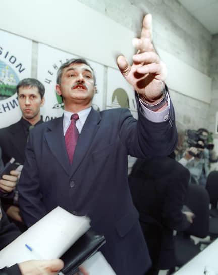 В 1978 году председатель совета директоров ОСК и бывший губернатор Санкт-Петербурга Георгий Полтавченко был инструктором Невского райкома ВЛКСМ, но с 1979 года начал работать в органах госбезопасности