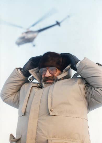 Депутат Госдумы, полярный исследователь Артур Чилингаров в 1965 году был избран первым секретарем Булунского райкома ВЛКСМ Якутской АССР