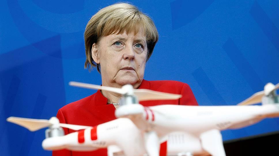 Канцлер ФРГ Ангела Меркель выступила с жесткой критикой российской военной кампании в Сирии