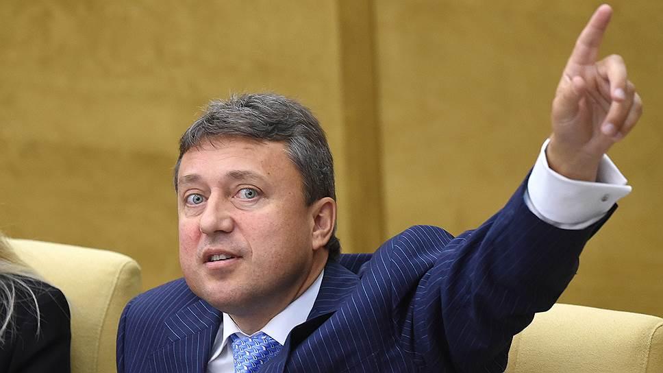 """В Госдуме хотят криминализировать «злоупотребление влиянием» – Фото –  """"Коммерсантъ"""""""