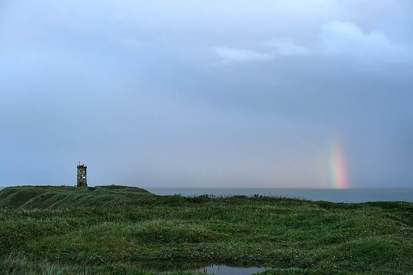 Маяк на острове Кунашир
