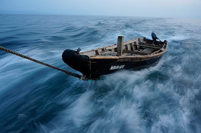 Охотское море у берегов острова Итуруп