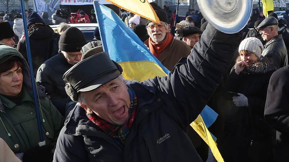 Почему Киев протестовал против действующей власти