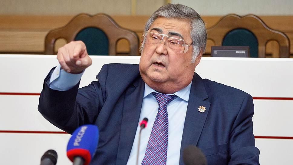 Как Аман Тулеев прокомментировал задержание своих заместителей