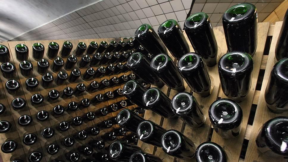 Почему депутаты Госдумы передумали повышать акцизы на тихие и игристые вина из отечественного виноматериала