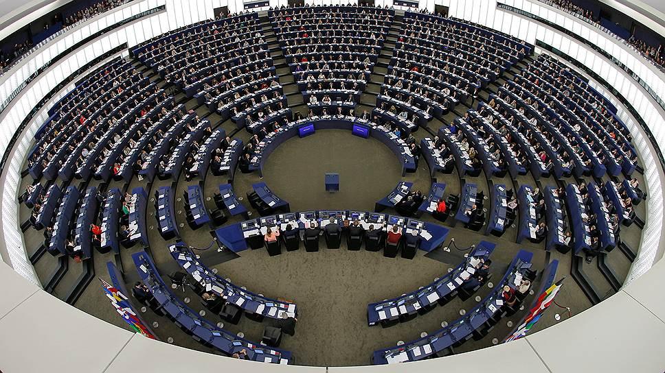 Почему Европарламент обвиняет Москву во «враждебной пропаганде»