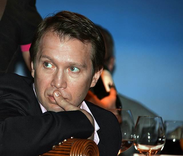 В 2011 году Евгений Миронов сыграл Федора Михайловича Достоевского в одноименном сериале режиссера Владимира Хотиненко