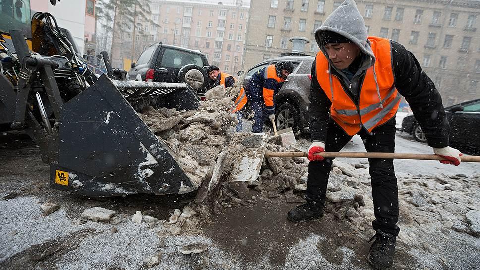 Россияне выступили за ограничение притока иностранной рабочей силы