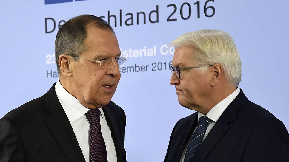 Главам МИДов Германии и России Франку-Вальтеру Штайнмайеру и Сергею Лаврову было непросто искать общий язык по Сирии и Украине