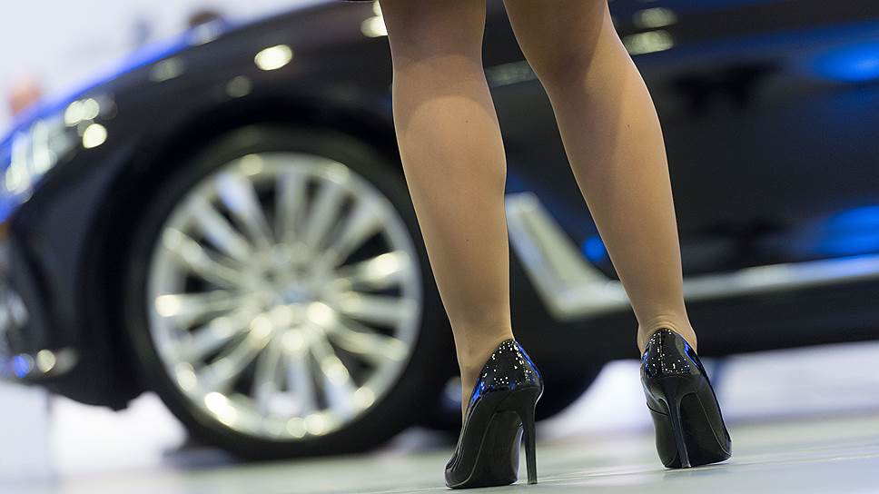 Неожиданный рост автопродаж в ноябре автодилеры оценивают очень осторожно