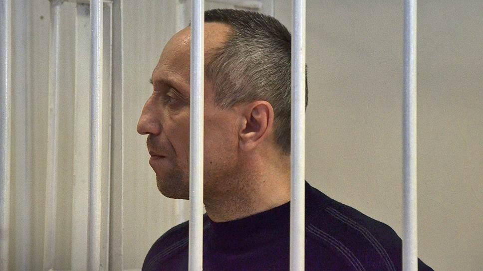 Бывший сотрудник милиции Михаил Попков