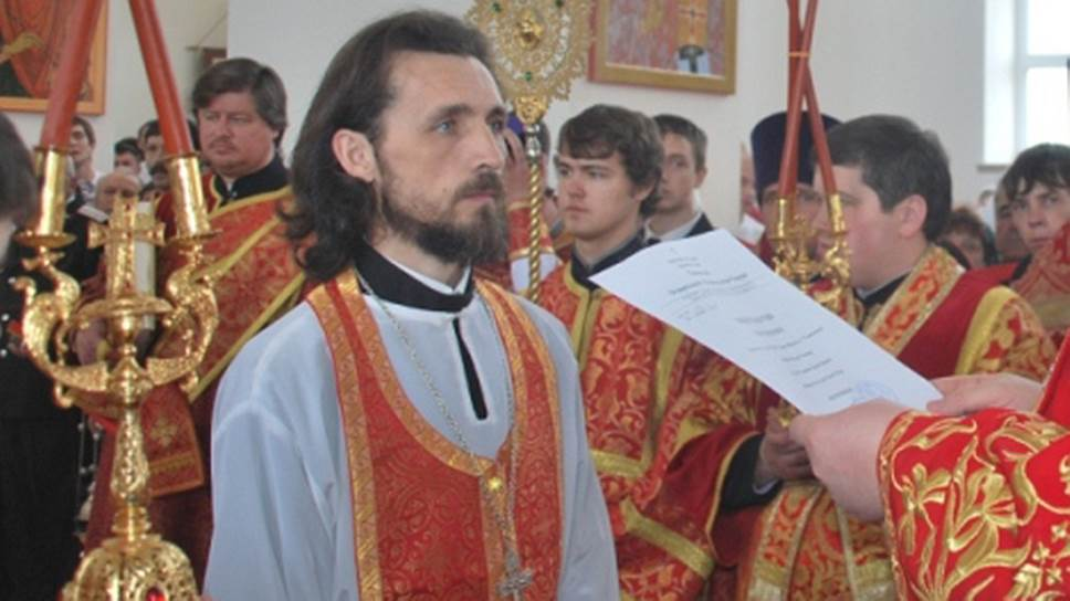 Священник Андрей Соковых