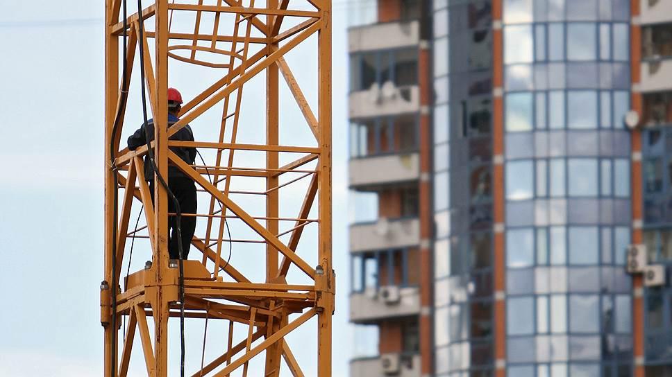 Почему московские стройки замедлились