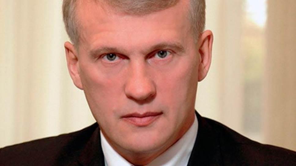 Почему Владимир Бызов был освобожден от должности