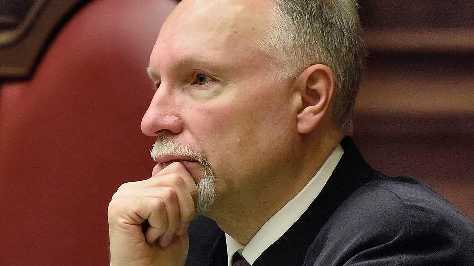 Судья Владимир Ярославцев считает, что КС вышел за пределы своей компетенции