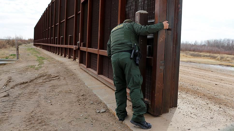 Какую политику будет проводить Дональд Трамп по отношению к иммигрантам и беженцам